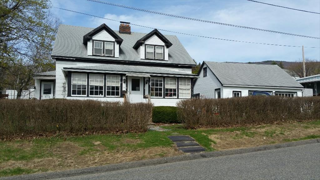 2 Burnett St, Adams, MA 01220