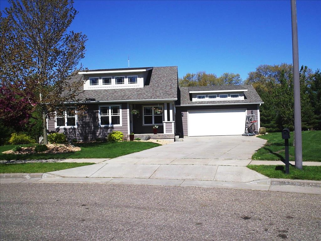 Photo of 2536 Cottagewood Ln  Altoona  WI