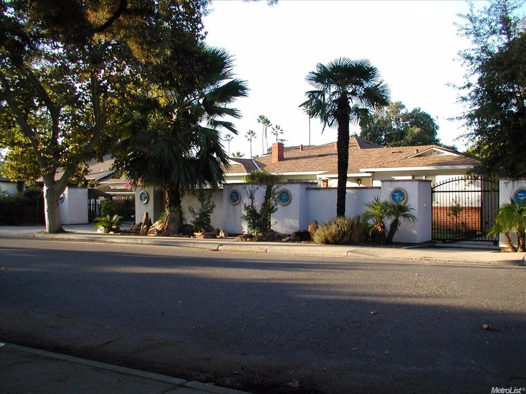 Photo of 125 E Hintze Ave  Modesto  CA