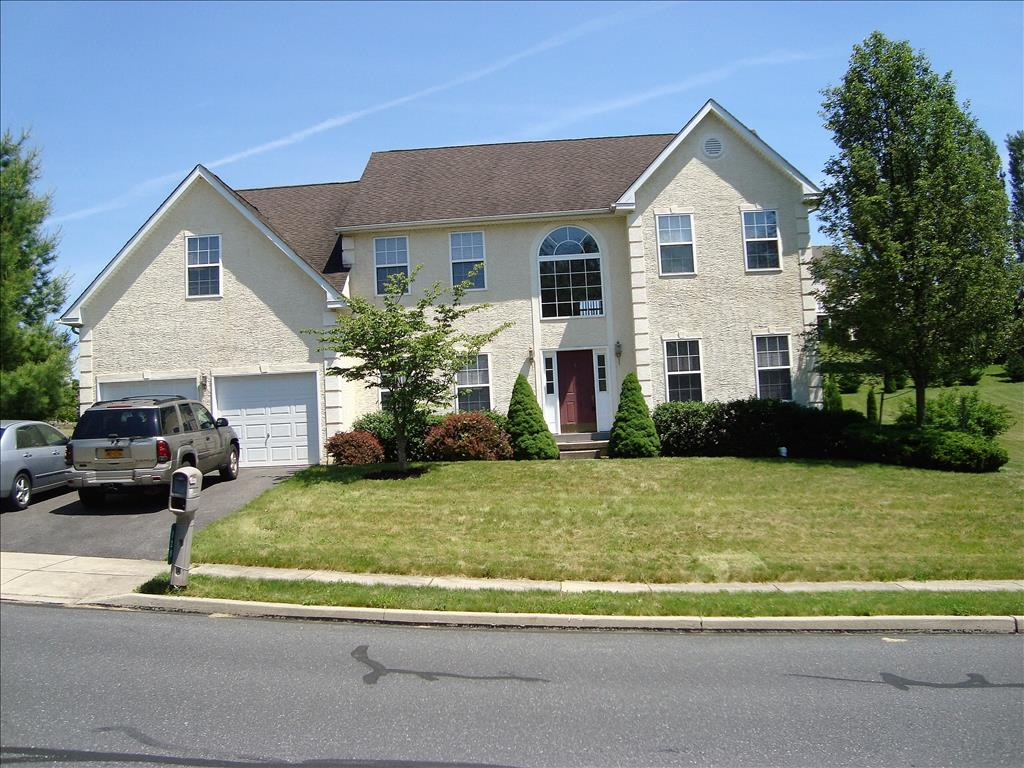 Photo of 129  Walker Dr  Northampton  PA