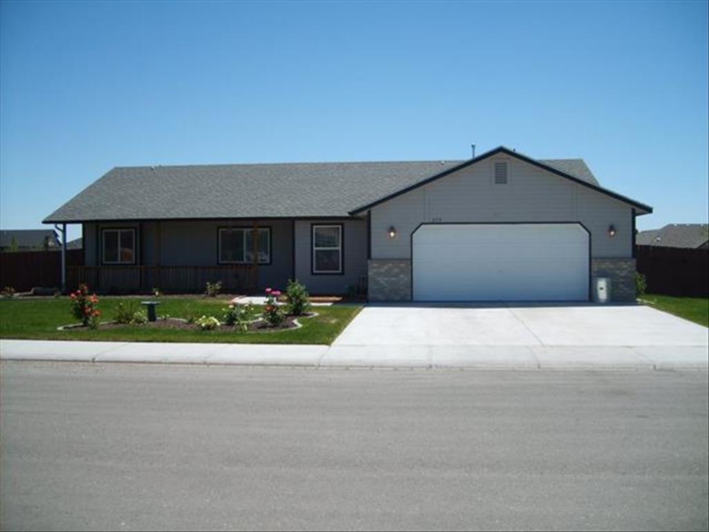 Photo of 375 NE Greystone Loop  Mountain Home  ID
