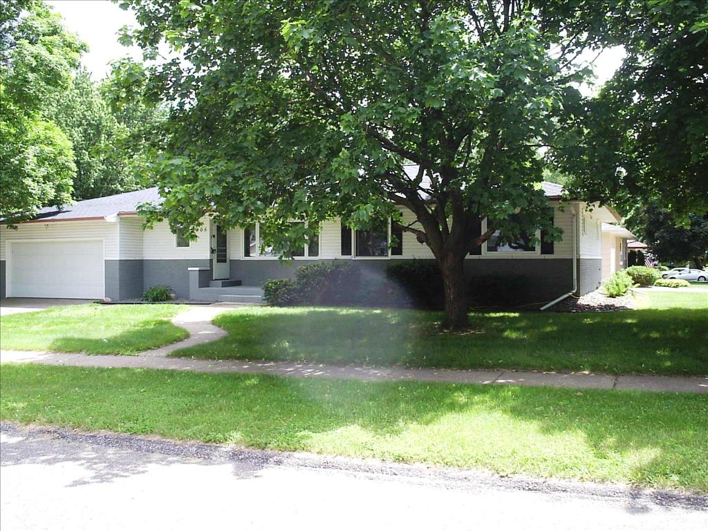 Photo of 2505 Henry Ave  Eau Claire  WI