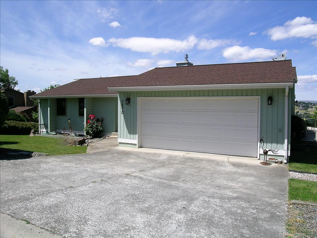 Photo of 3870 Country Club Drive  Lewiston  ID