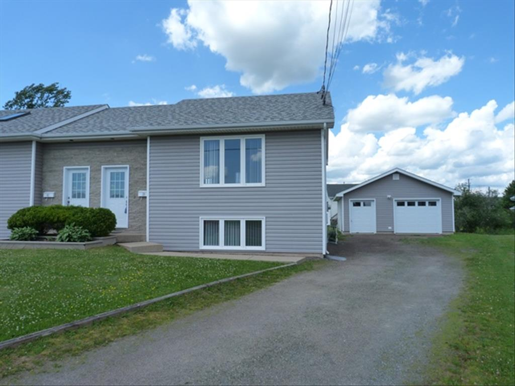 Photo of 39 Colonial Dr  Moncton  NB