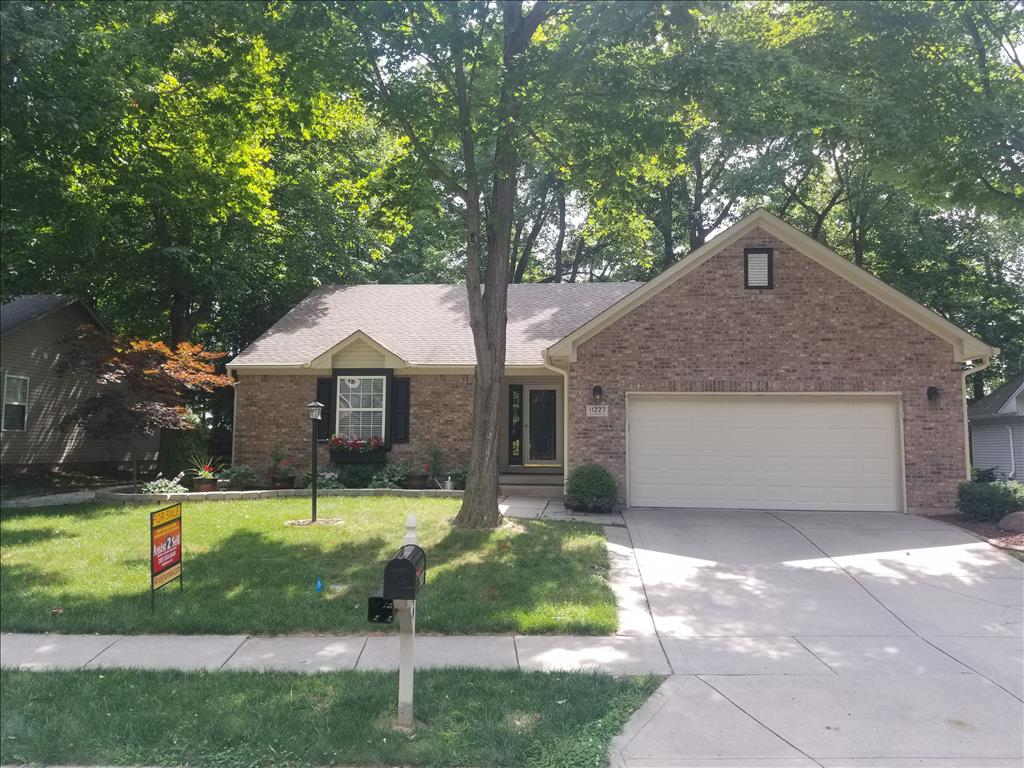 Photo of 11227  Tall Trees  Dr  Fishers  IN