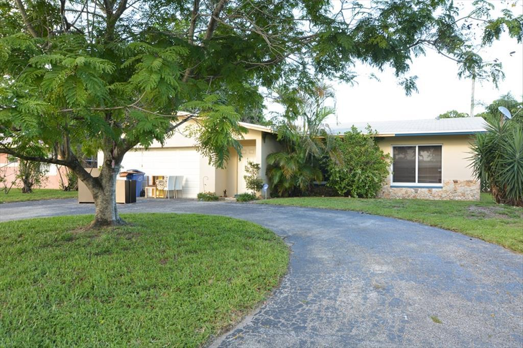 Photo of 4430  NW 19th Way  Oakland Park  FL