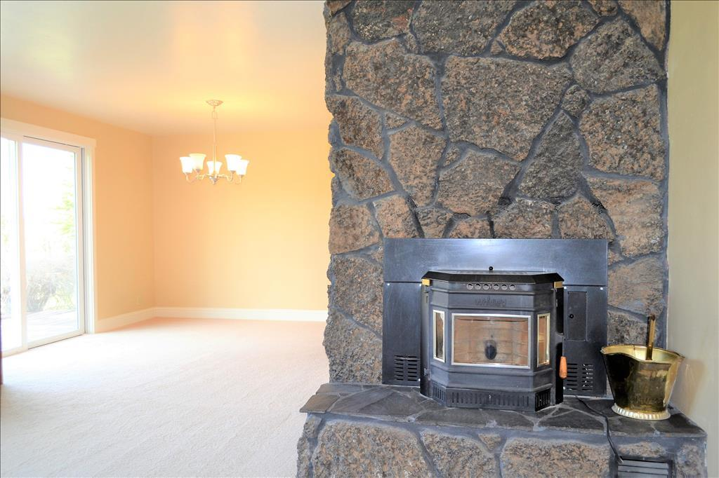 63037 Terry Dr, Bend, OR 97701
