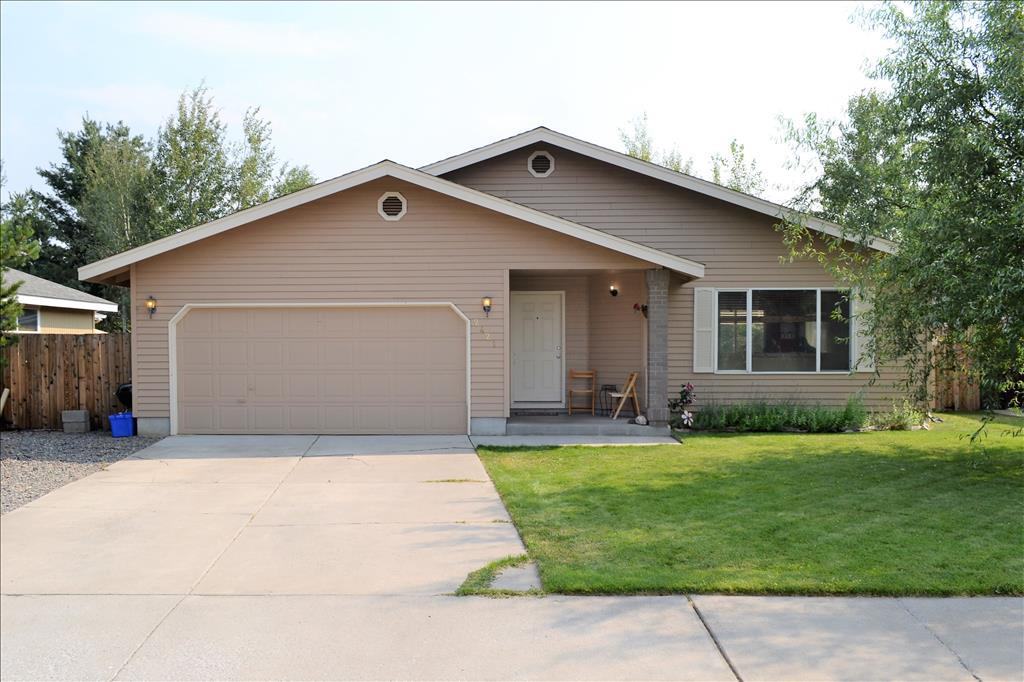 Photo of 2421  NE Mountain Willow Drive  Bend  OR