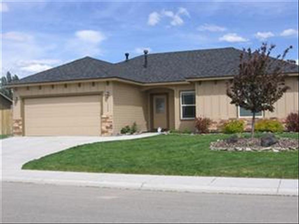 Photo of 1290 NE Blossom  Mountain Home  ID