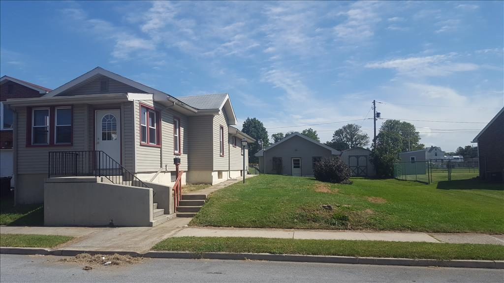 Photo of 823 N Maxwell St  Allentown  PA