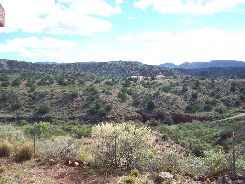 22 La Luz Canyon Rd, La Luz, NM 88337