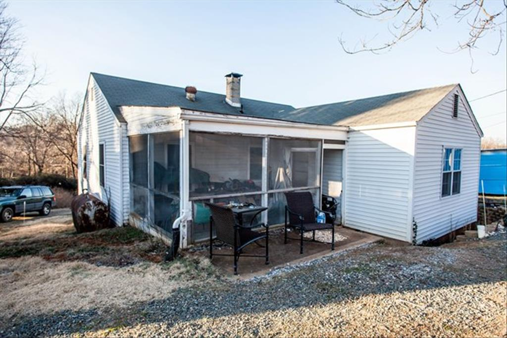285 Free Bridge Lane, Charlottesville, VA 22911