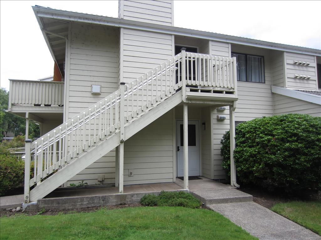 Photo of 2031  Lake Isle Terrace  Eugene  OR