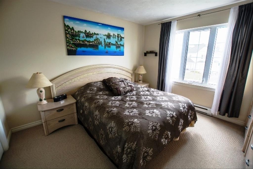 198 Rennick, Moncton, NB E1C 7