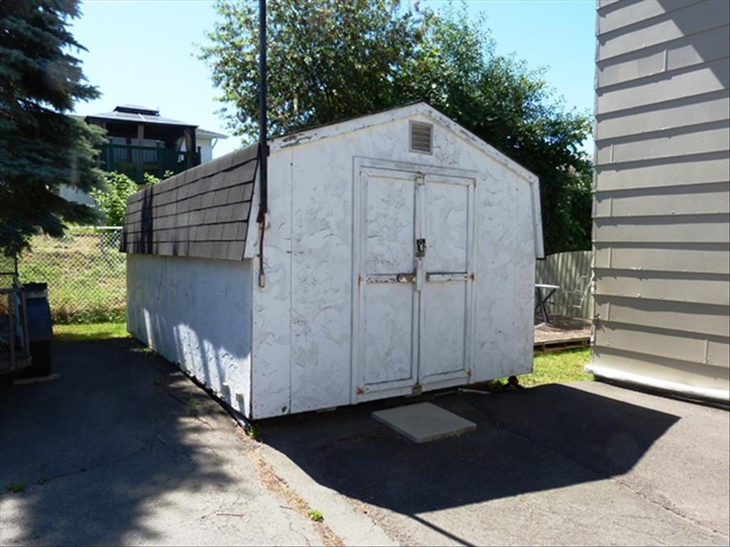 144 Gould St, Dieppe, NB E1A 1