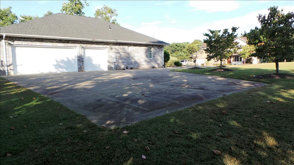 74 Rockcrest Drive, South Charleston, WV 25309