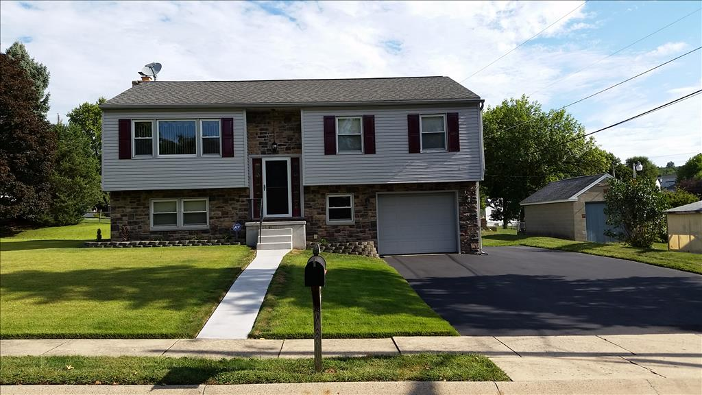 Photo of 67 W Charles St  Wernersville  PA