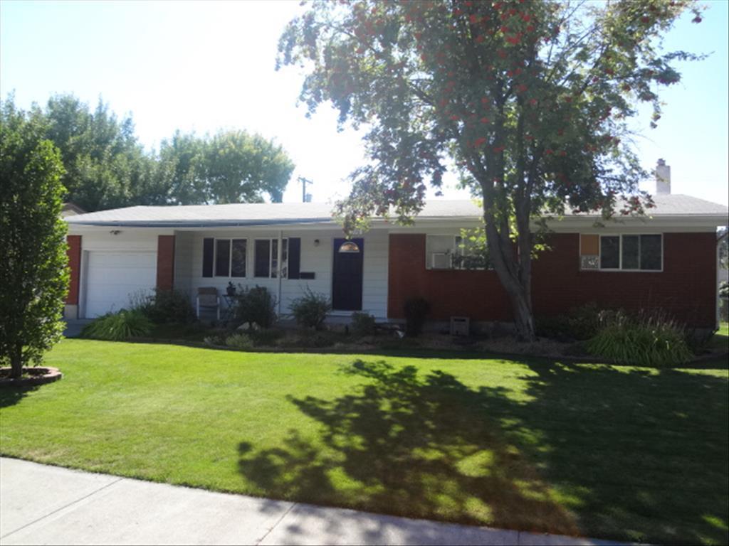 Photo of 2096 Meadow Street  Idaho Falls  ID
