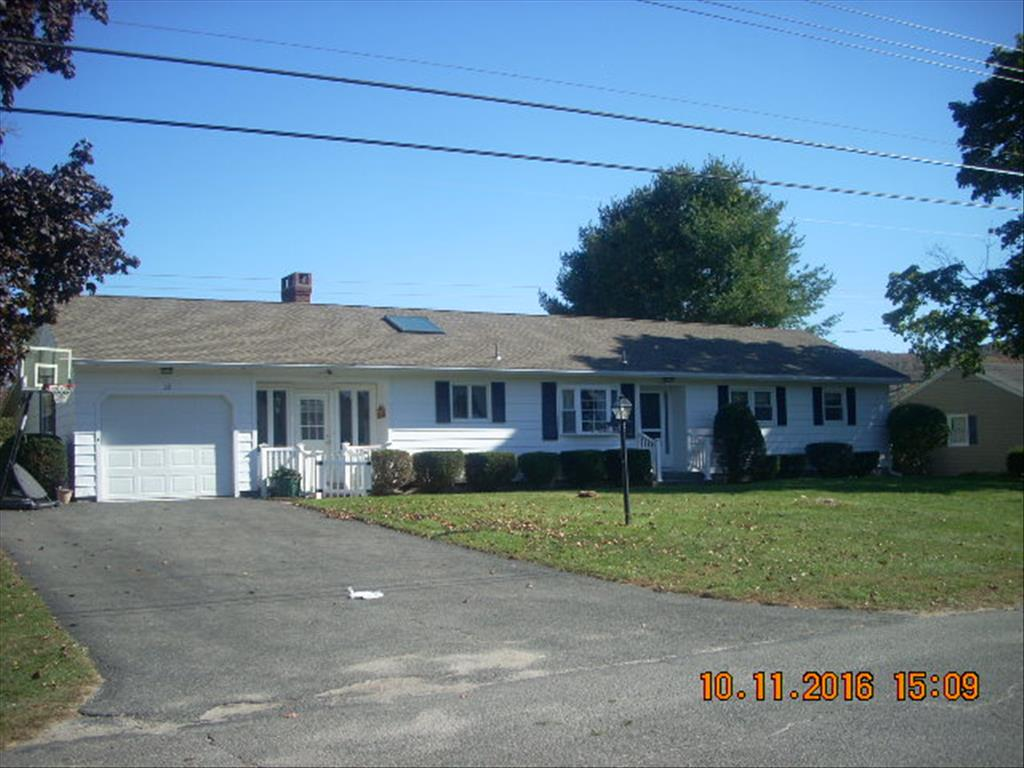 Photo of 39 Joan Dr  Pittsfield  MA