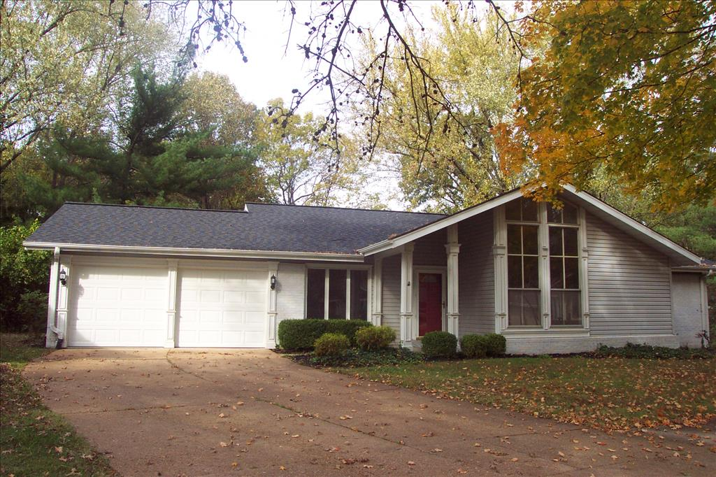 Photo of 15333 Thistlebriar Ct  Chesterfield  MO