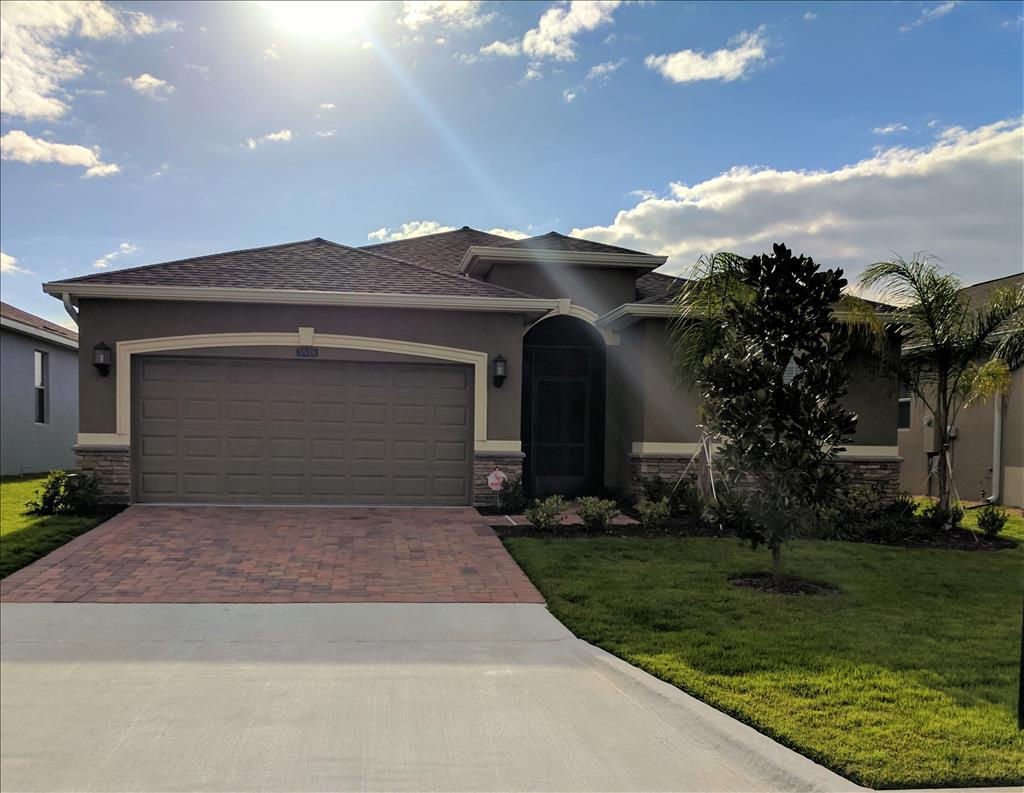 Photo of 3528 Kinley Brooke Ln  Clermont  FL