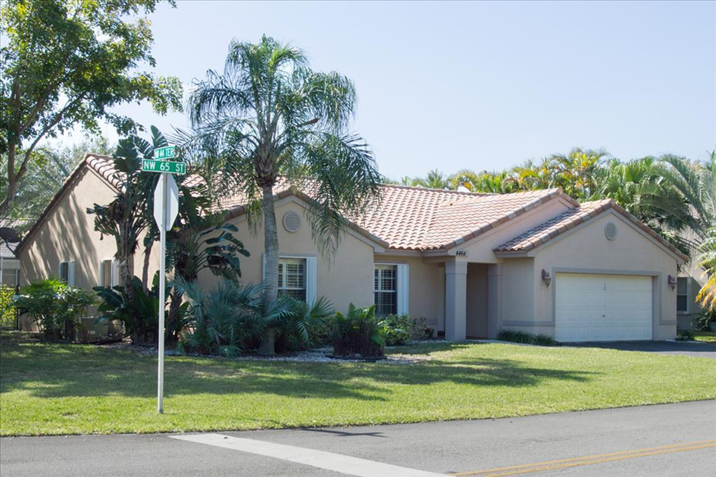 Photo of 4464 NW 65th St  Coconut Creek  FL