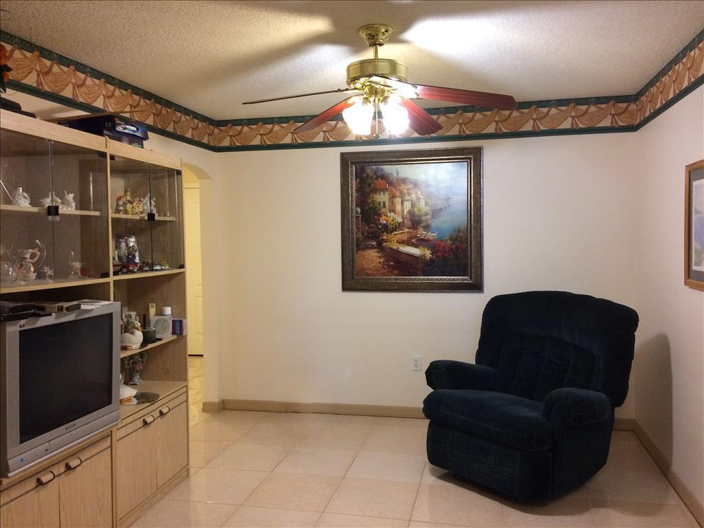 2080 Triumfo Circle, Kissimmee, FL 34744
