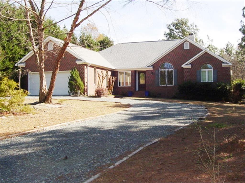 Photo of 103  Greentree Ct  West End  NC