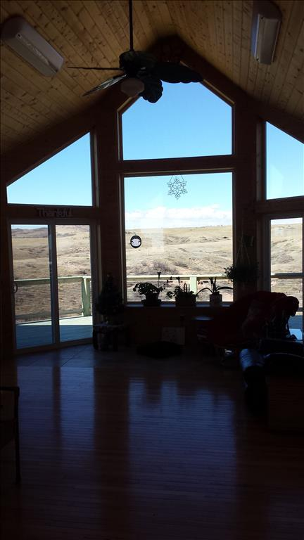 707 S Table Mountain Loop, Cheyenne, WY 82009