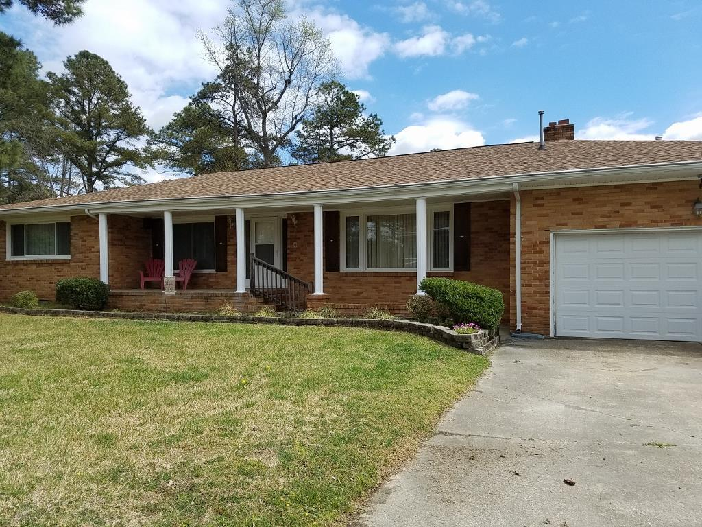 213 Fernwood Farms Rd, Chesapeake, VA 23320
