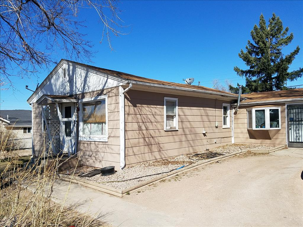 138 Anamosa, Rapid City, SD 57701