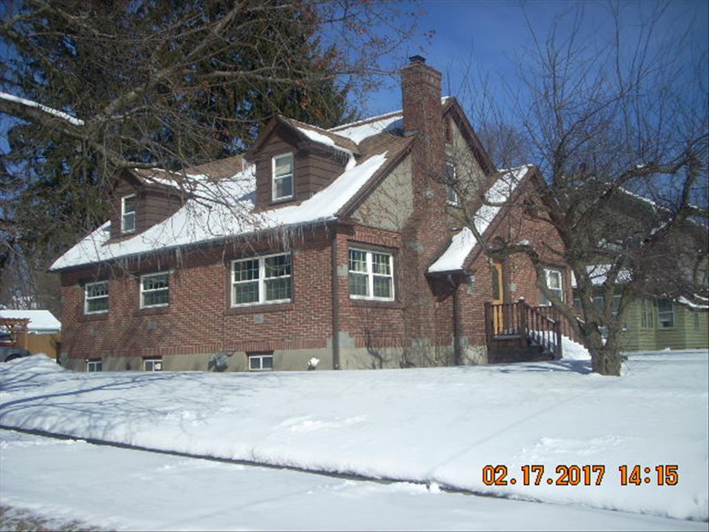 215 Dalton Ave, Pittsfield, MA 01201