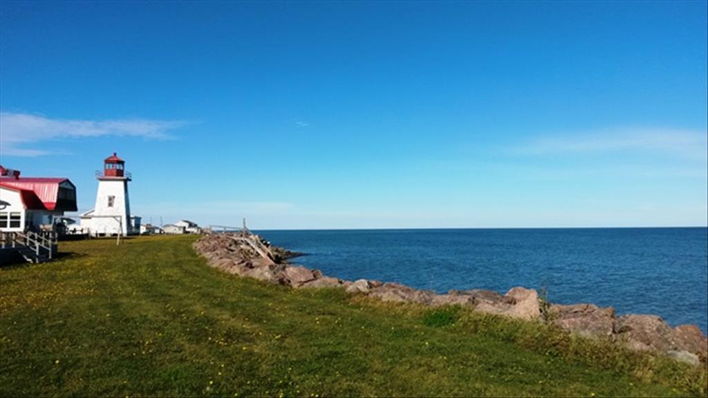 40 Lighthouse Dr, Grande Digue, NB E4R 4