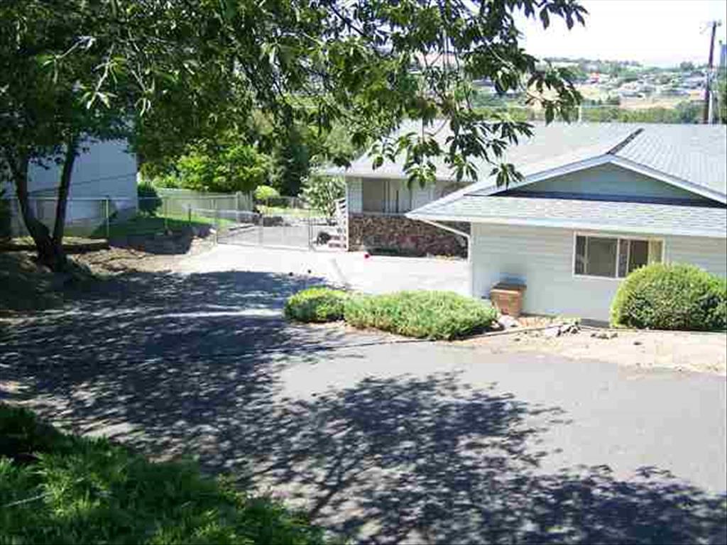Photo of 2722 Meadowlark Drive  Lewiston  ID