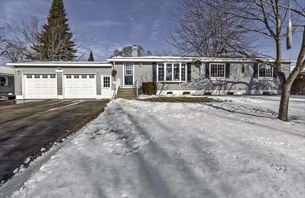 3020 Hannah St, Marinette, WI, 54143 is for sale - $169,900